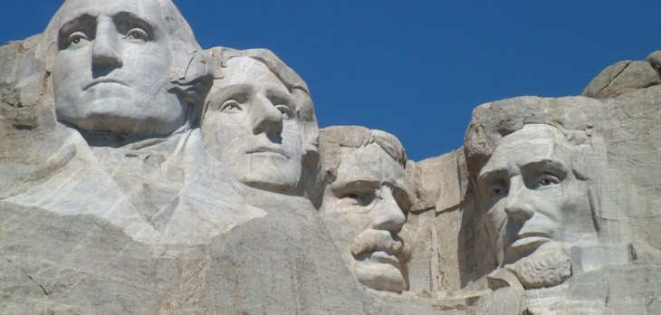 Mount_Rushmore_National_Memorial-e1396304920826
