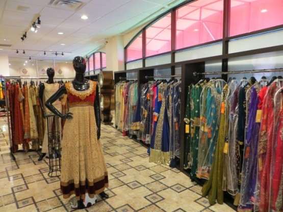 sari-store-e1426737016757